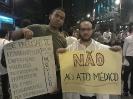 Manifestação contra o ato médico